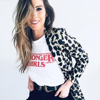 Camiseta STRONGER GIRLS mujer