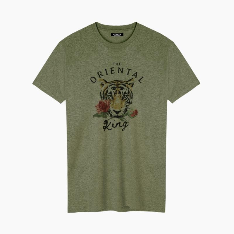 THE ORIENTAL KING unisex T-Shirt